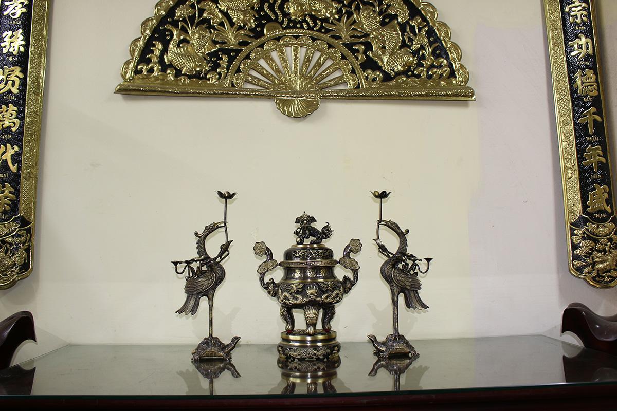 Bộ đỉnh thờ tam sự chạm song long chầu nguyệt cao 50cm