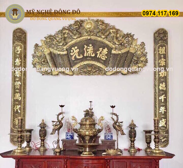 Cuốn thư câu đối giả cổ Đức Lưu Quang KT 1m55