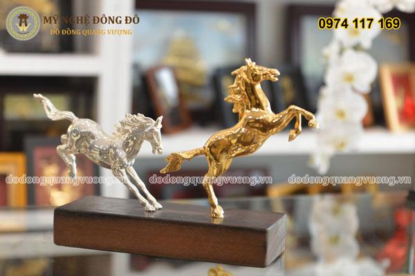 Đôi ngựa đồng mạ vàng và mạ bạc