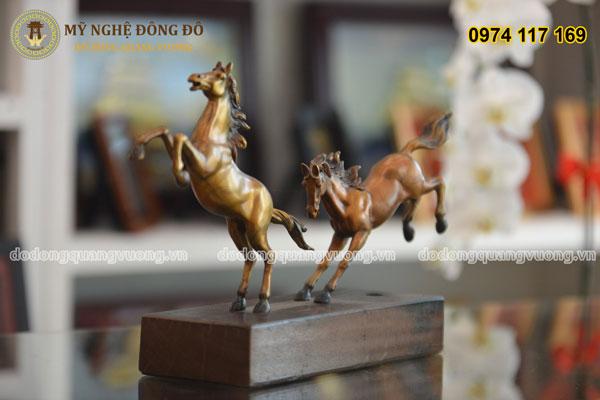 Tượng ngựa bằng đồng phi song mã 1