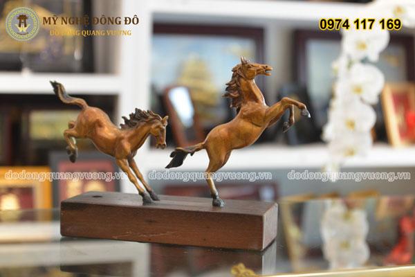 Tượng ngựa bằng đồng phi song mã 2