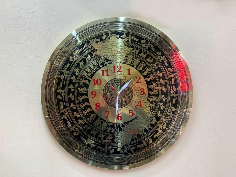 Đồng hồ mặt trống đồng mẫu kim trôi độc quyền dodongquangvuong.vn