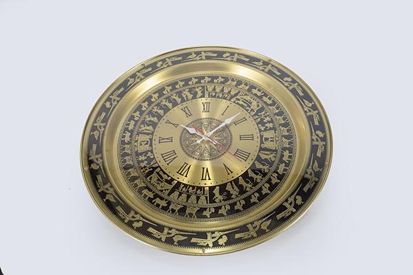 Đồng hồ mặt trống đồng treo tường chữ số La Mã
