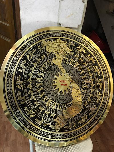 Mặt trống đồng ăn mòn hoa văn bản đồ đường kính 80cm